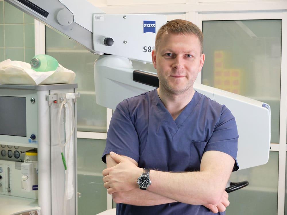 Łukasz Szmuksta - specjalista chorób oczu